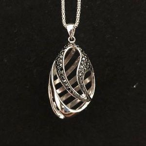 Jewelry - Sterling Silver Black Stone Pendant